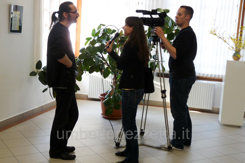 Nyilatkozom a televízió munkatársának, Keszthely, Hungary